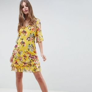 🌼 French Connection yellow floral dress